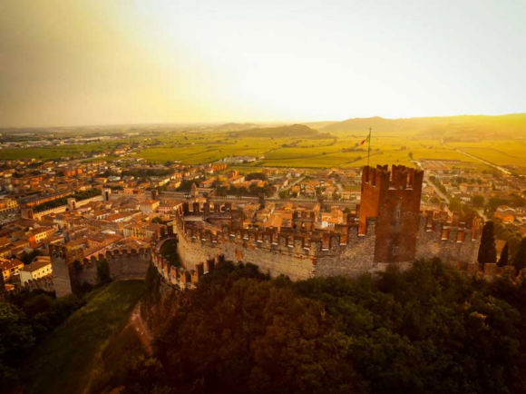 Cantina castello Soave
