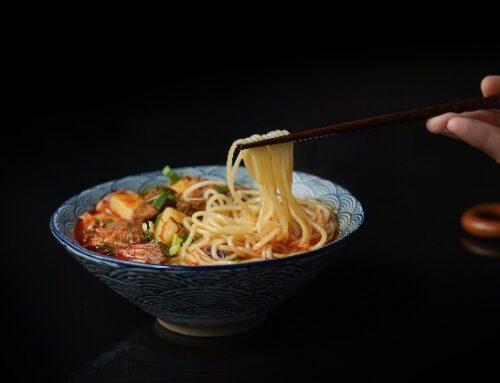 """Cina, sarà multato chi avanza cibo al ristorante. Xi Jinping: """"Questione di sicurezza nazionale"""""""