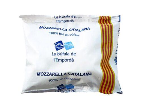Mozzarella di bufala contraffatta, denunciato per frode un caseificio spagnolo