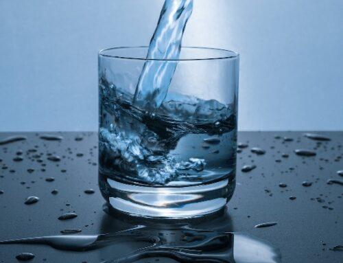 Uk: mercato dell'acqua in forte calo nel 2020
